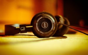 grado-headphones-Music Wallpapers