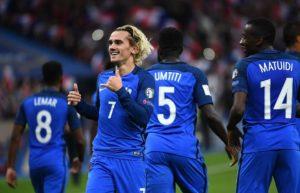 happy-France National Football Team Wallpaper