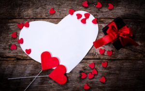 happy-valentines-day-with-white-red-heart-and-black-gift-on-old-wooden-texture-download images of love